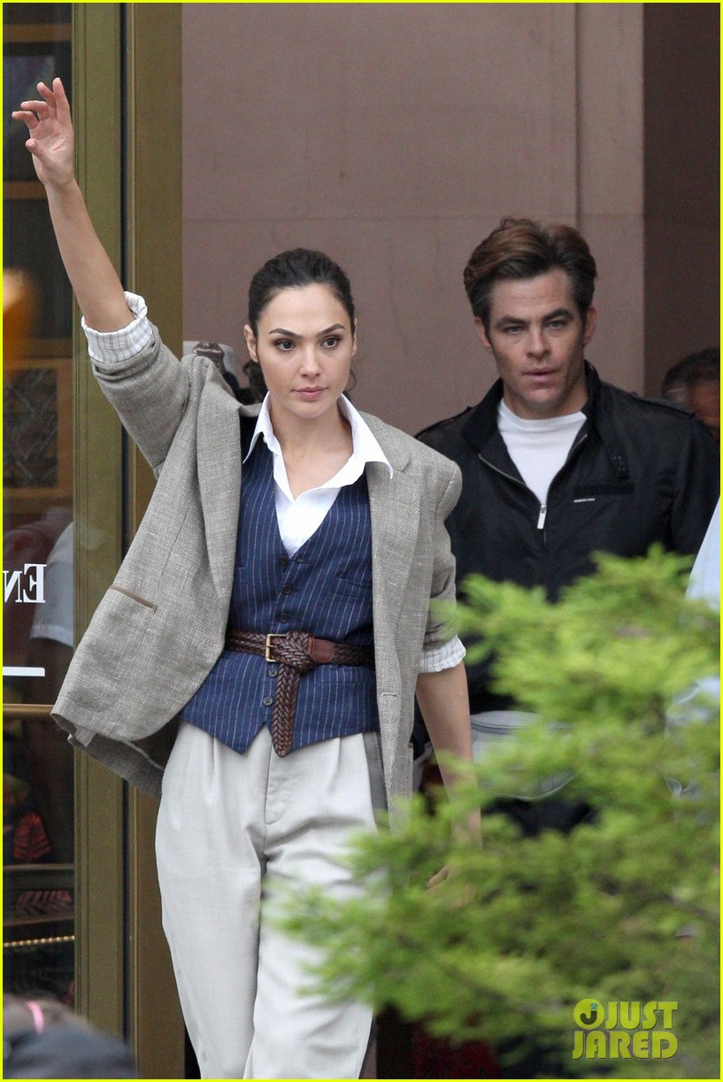 wonder-woman-set-photos-wednesday-01